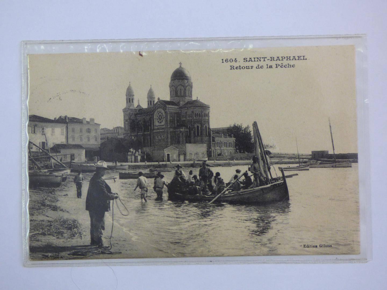 La basilique donnait autrefois sur le front de mer.