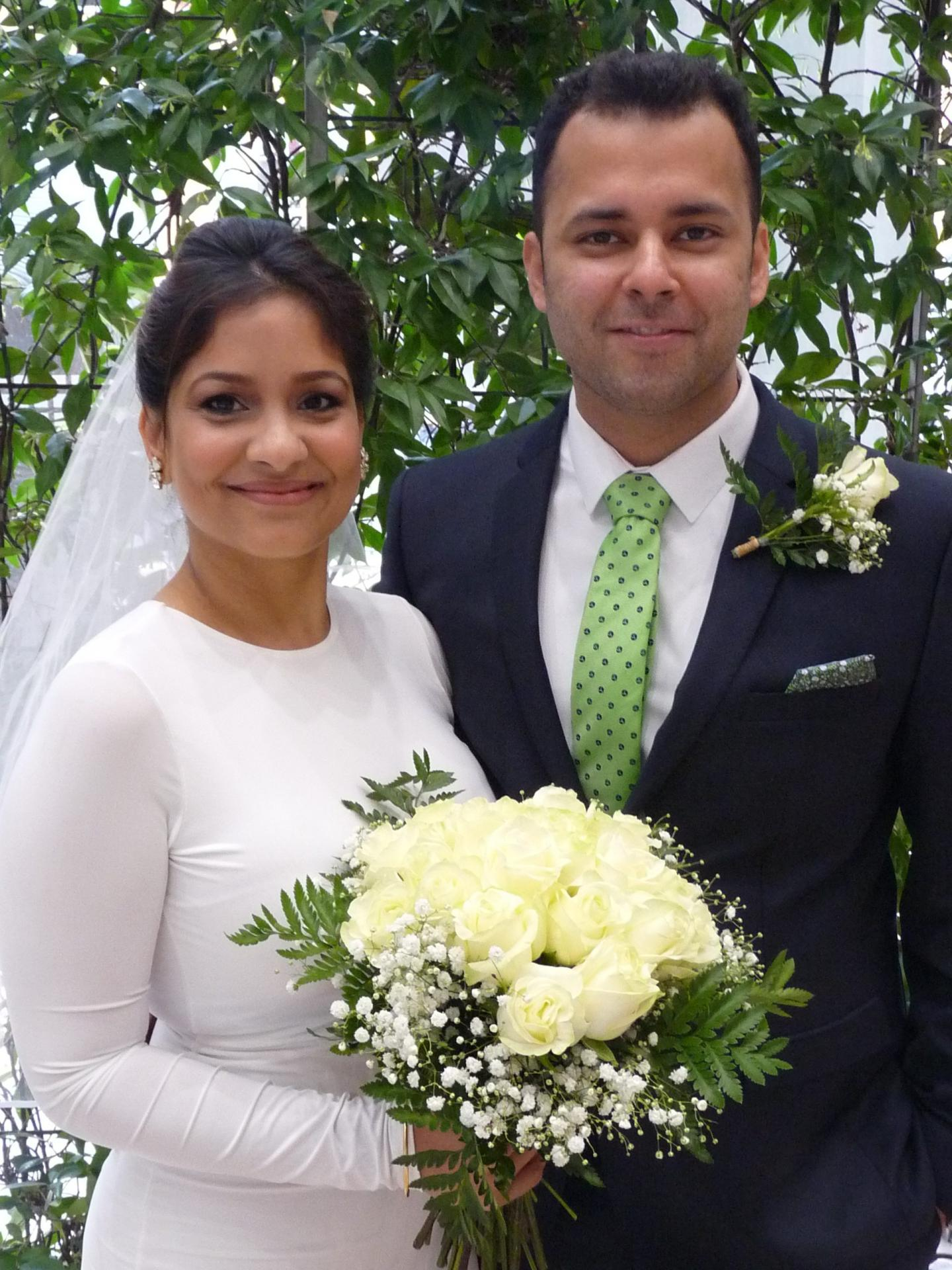 Hema Sati, assistante marketing, et Yash Mehra, conseiller financier.
