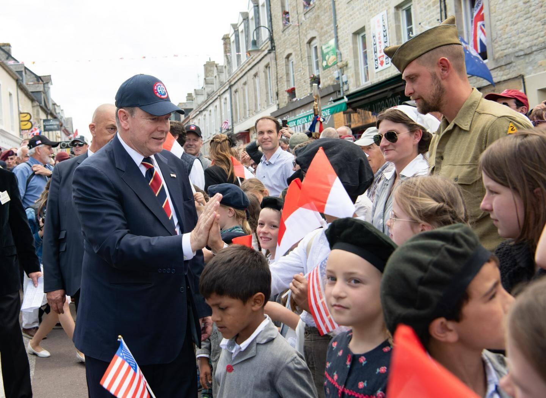 Au cours de deux journées bien remplies, le souverain, qui était accompagné par son beau-père, Michael Wittstock, a pris part à plusieurs rendez-vous honorant notamment la mémoire des soldats américains.