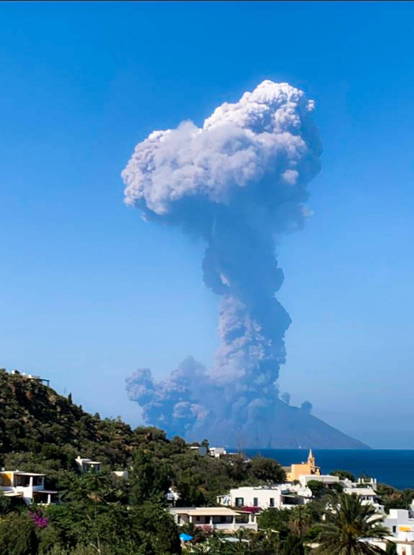 Éruption su Stromboli le 3 juillet 2019