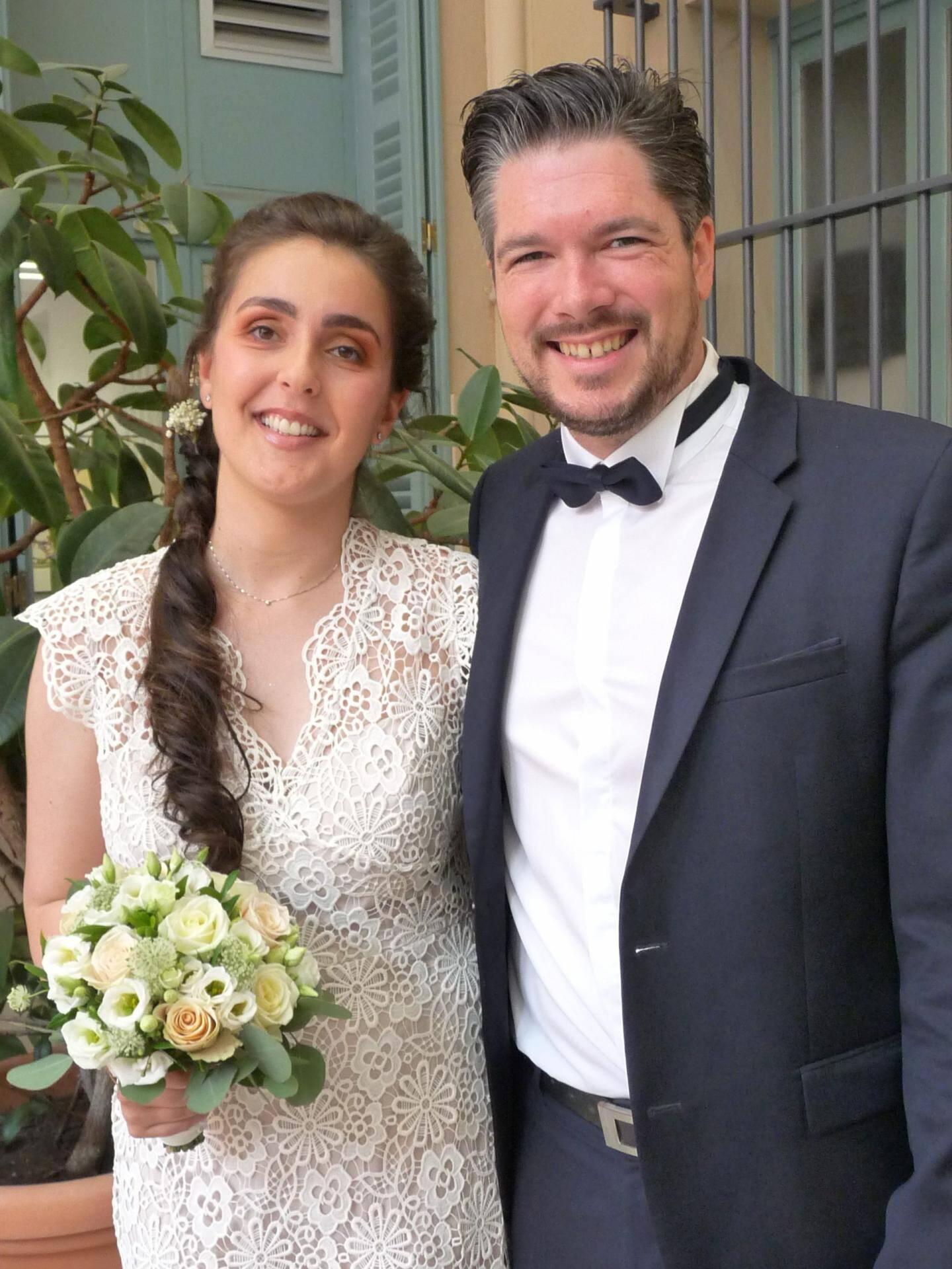 Audrey Benayoune, chercheuse, et Pierre-Stéphane Dérégel, employé de banque.