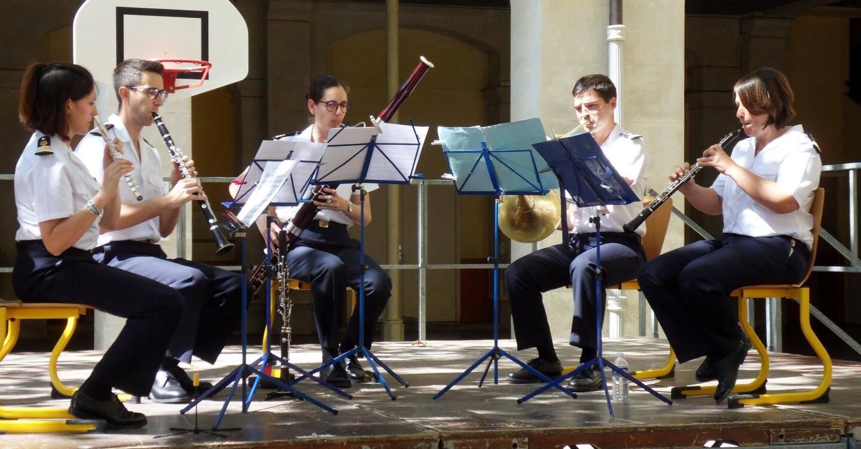 Le quintette à vent de la Musique des équipages de la Flotte a assuré une rentrée musicale à l'école Jules Muraire.