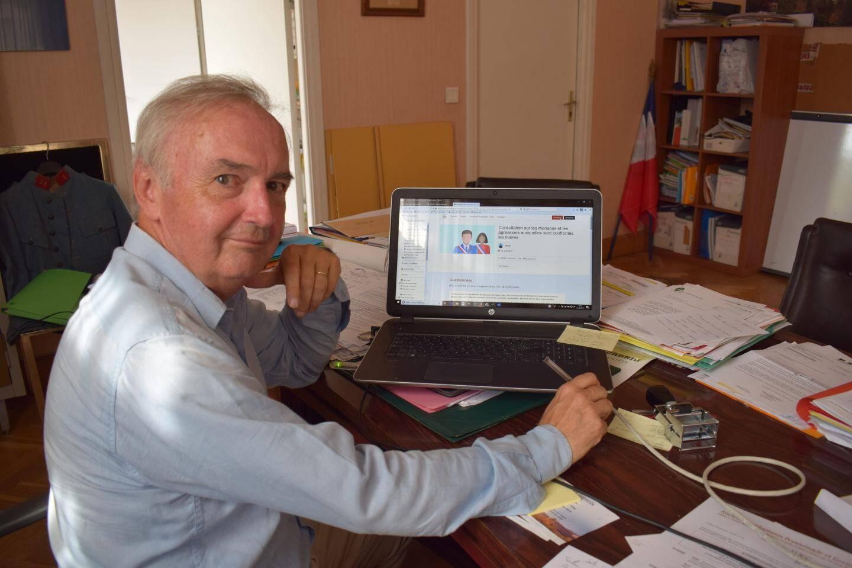 Pierre Bornet, le maire de Cabris, souhaiterait disposer d'un pouvoir de police plus important.