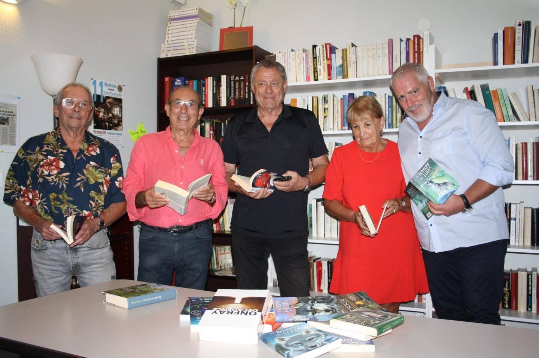 Les membres du Lions club sont prêts pour assurer les permanences du troc livres tous les vendredis.