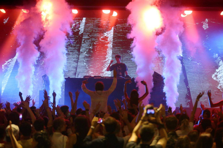 Le DJ Kungs a enflammé la Salle des Étoiles lors du premier MC Summer Concert.