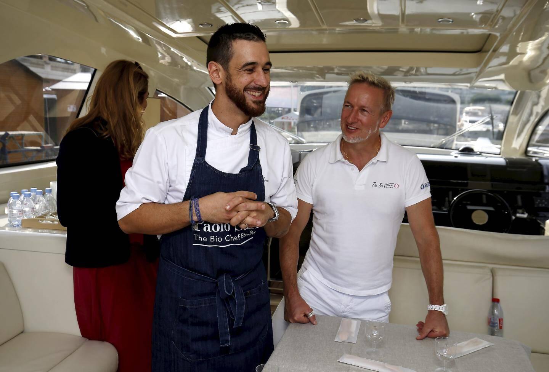 Paolo Sari est passé voir tous les chefs sur les bateaux.
