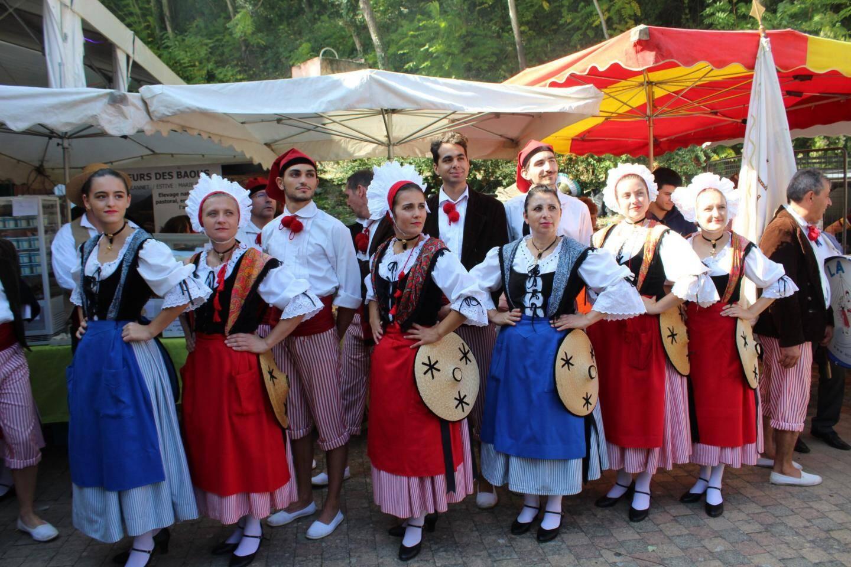 Le groupe folklorique « Nice la Belle » a animé cette belle journée.