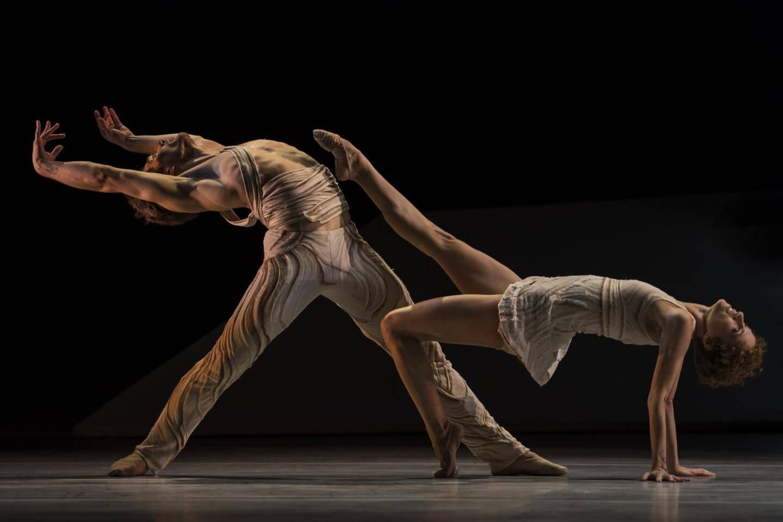 Jean-Christophe Maillot a mis lui-même en scène Daphnis et Chloé, le point  culminant du spectacle.