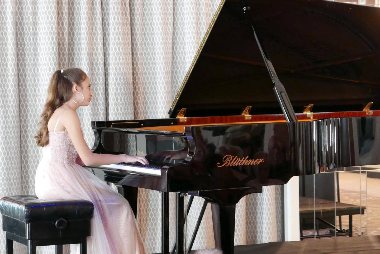 Une jeune prodige du piano à Saint-Laurent.