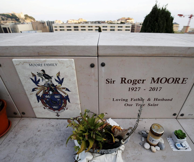 La tombe de l'acteur britannique Roger Moore