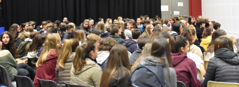 650 collégiens étaient conviés à cet événement initié voilà 11 ans par le conseil municipal des jeunes citoyens et concrétisé par la commune.