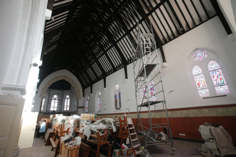 Pour terminer la rénovation intérieure de l'église anglicane St John's church, les membres du Conseil de l'aumônerie ont besoin de vous et lancent un appel aux dons.