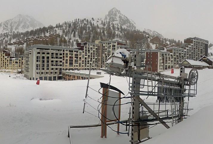 La neige est bien au rendez-vous à Isola 2000.