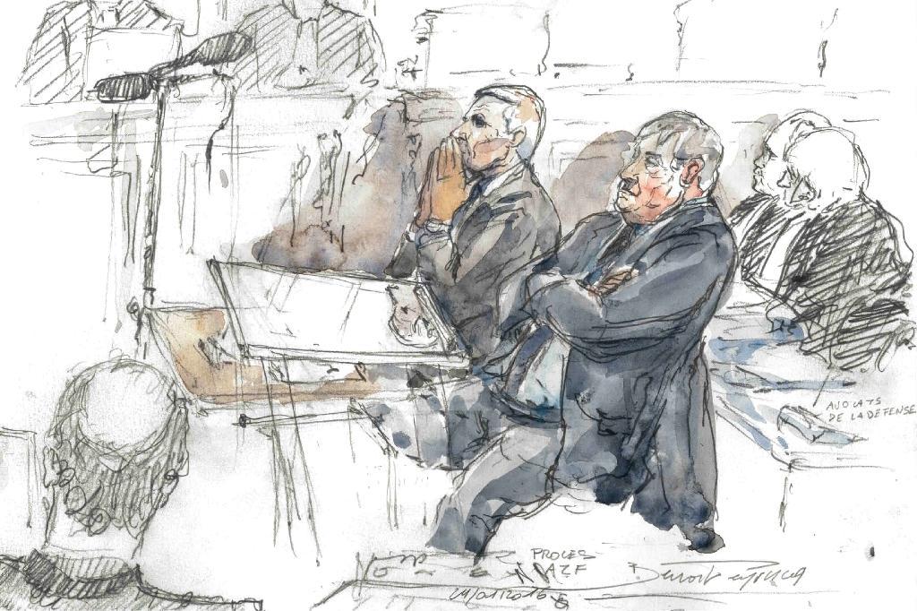 Croquis d'audience fait au Palais de Justice de Paris le 24 janvier 2017 montrant l'ancien directeur d'AZF Serge Biechlin (G)