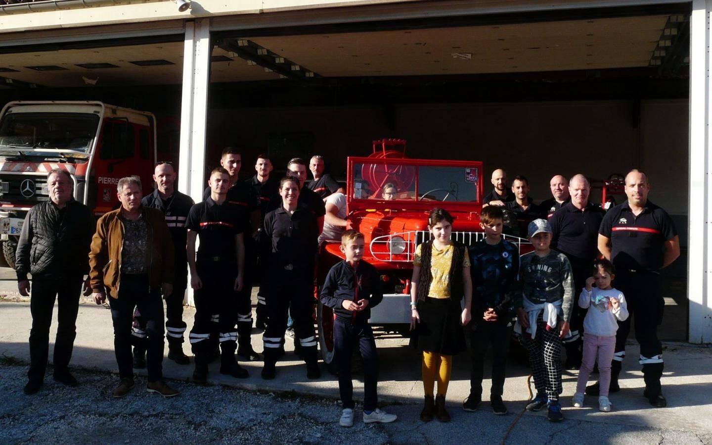 L'amicale des pompiers a participé en recevant les visiteurs à la caserne et en faisant des démonstrations de désincarcération.