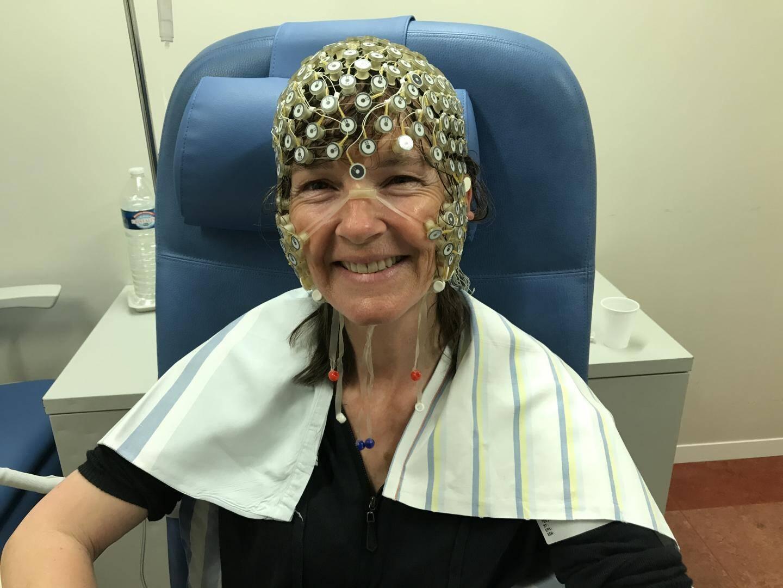 Lors de différents essais scientifiques, Corine Sombrun a dû entreren état de transe avec des électrodes placées sur la tête. Le but: analyser le comportement du cerveau au travers d'électroencéphalogrammes.