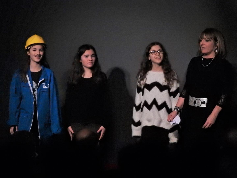 En première partie, les élèves de Sylvie Galliano ont fait rire aux éclats les spectateurs.