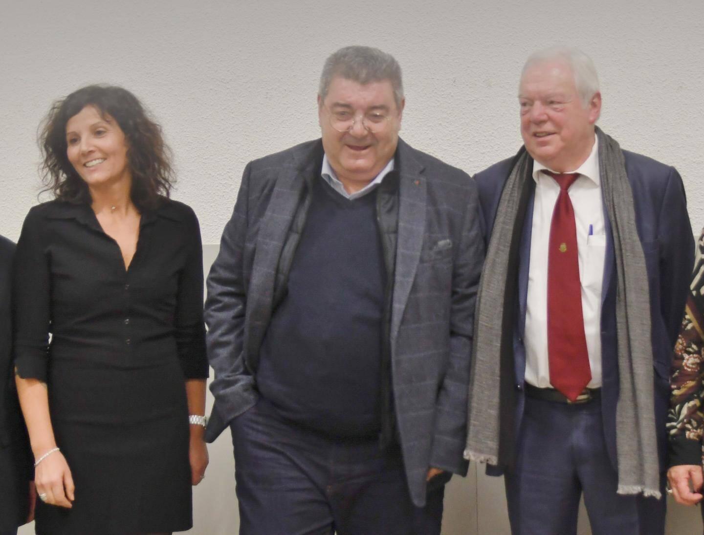 Nathalie Perez-Leroux et Louis Reynier entourent le président Marc Giraud.