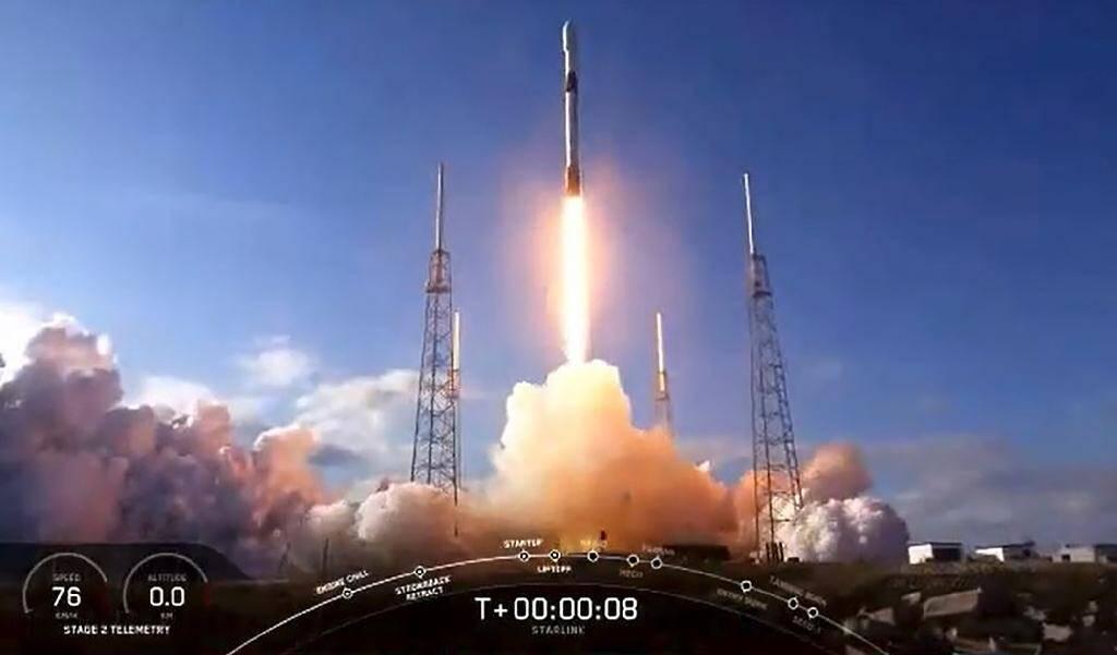 Capture d'image d'une vidéo de la Nasa montrant le décollage d'une fusée SpaceX Falcon 9 à Cap Canaveral, le 28 janvier 2020 en Floride