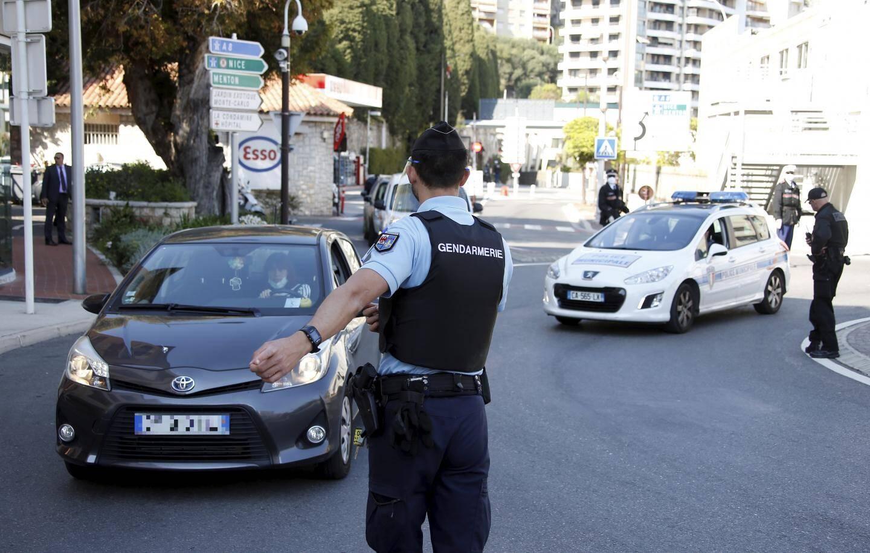 La gendarmerie a investi l'entrée ouest de Monaco ce jeudi pour mener des contrôles communs avec la Sûreté publique monégasque.