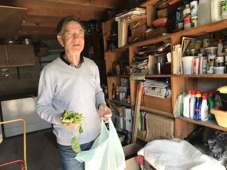 Jean-Claude fait partie des 8000 foyers qui trient les déchets alimentaires à la source.