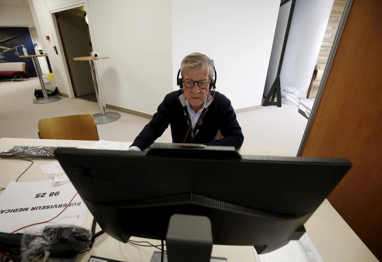 Vendredi 27 mars 2020 à Monaco - Centre d'appels et de suivi à domicile Covid-19 à l'Auditorium Rainier-III - les médecins retraités sont venus renforcer le dispositif.