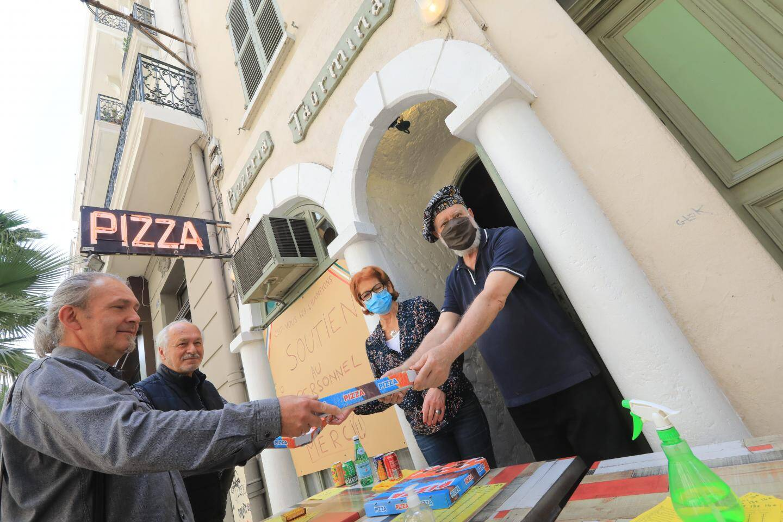 """À Taormina, le service """"à emporter"""" a repris cette semaine. Au plus grand bonheur des fidèles de la pizzeria."""