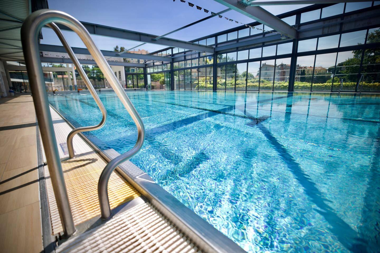 Le bassin de la piscine Montfleury de Cannes va accueillir ses premiers nageurs ce matin dès 10heures.