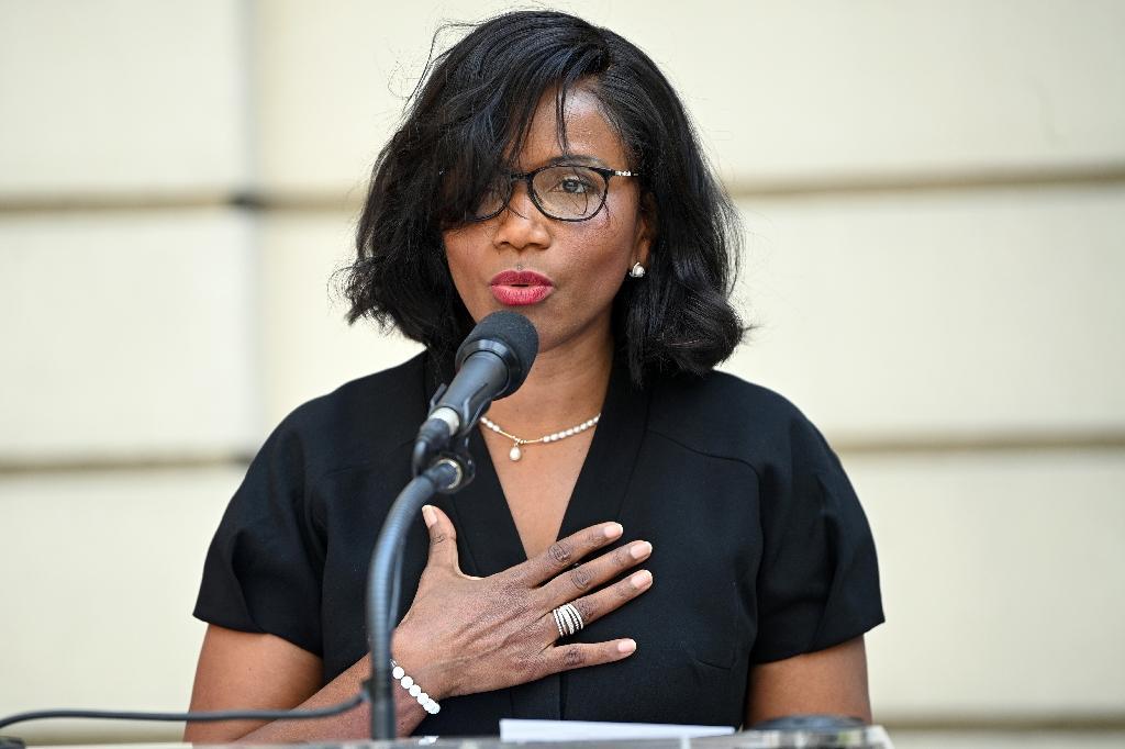 Elisabeth Moreno lors de la cérémonie de passation des pouvoirs au ministère à Paris le 7 juillet 2020