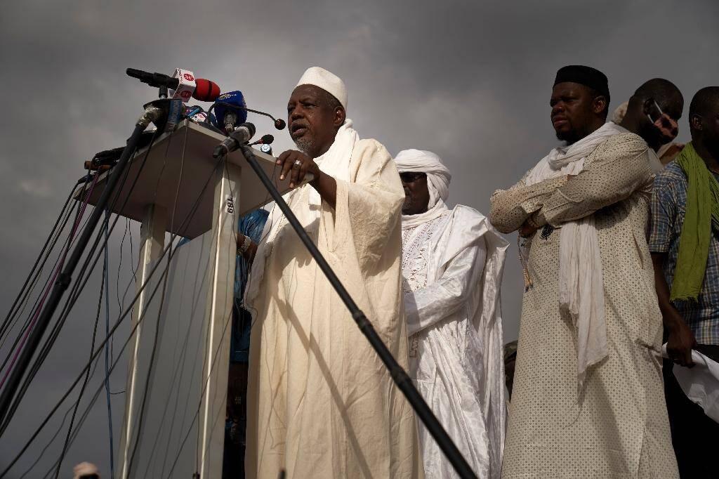 Le chef de file de la contestation en cours contre le président malien Ibrahim Boubacar Keïta, l'imam Mahmoud Dicko, lors d'un rassemblement à Bamako, le 5 juin 2020.
