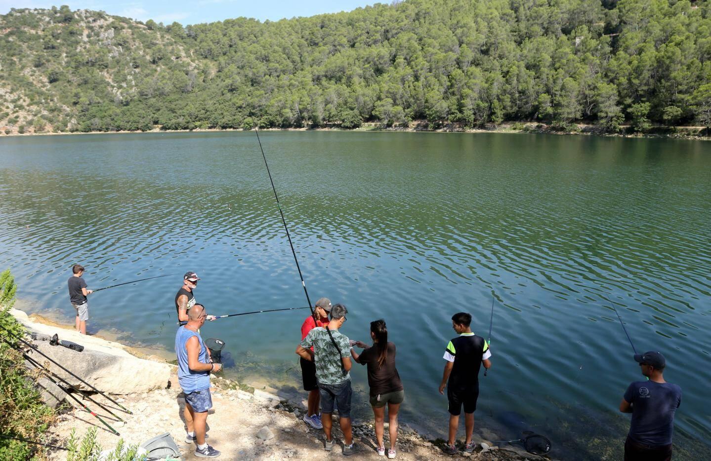 L'accueil de la maison pêche-nature de la Provence verte.