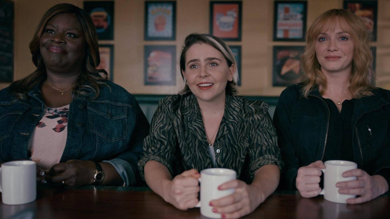"""Retta, Mae Whitman et Christina Hendricks, les trois comédiennes principales de """"Good Girls""""."""