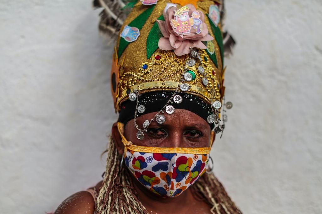 Une fidèle catholique lors d'un festival religieux à Managua, Nicaragua, le 1er août 2020