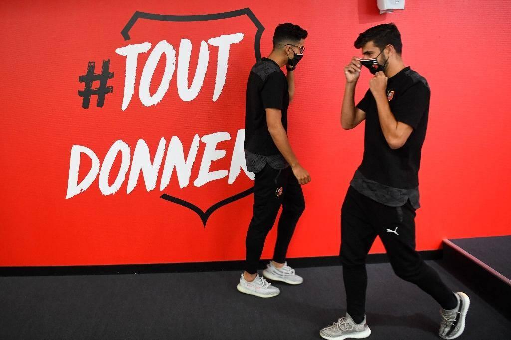Les recrues du Stade Renneais Nayef Aguerd et Martin Terrier au Roazhon Park de Rennes, le 17 août 2020