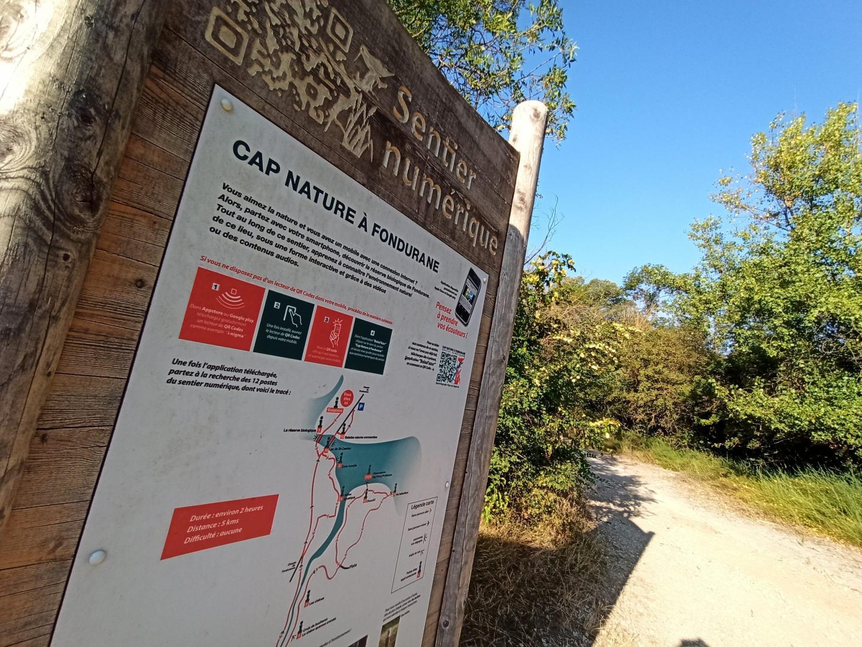 Randonnée autour du Lac de Saint-Cassien en Pays de Fayence.