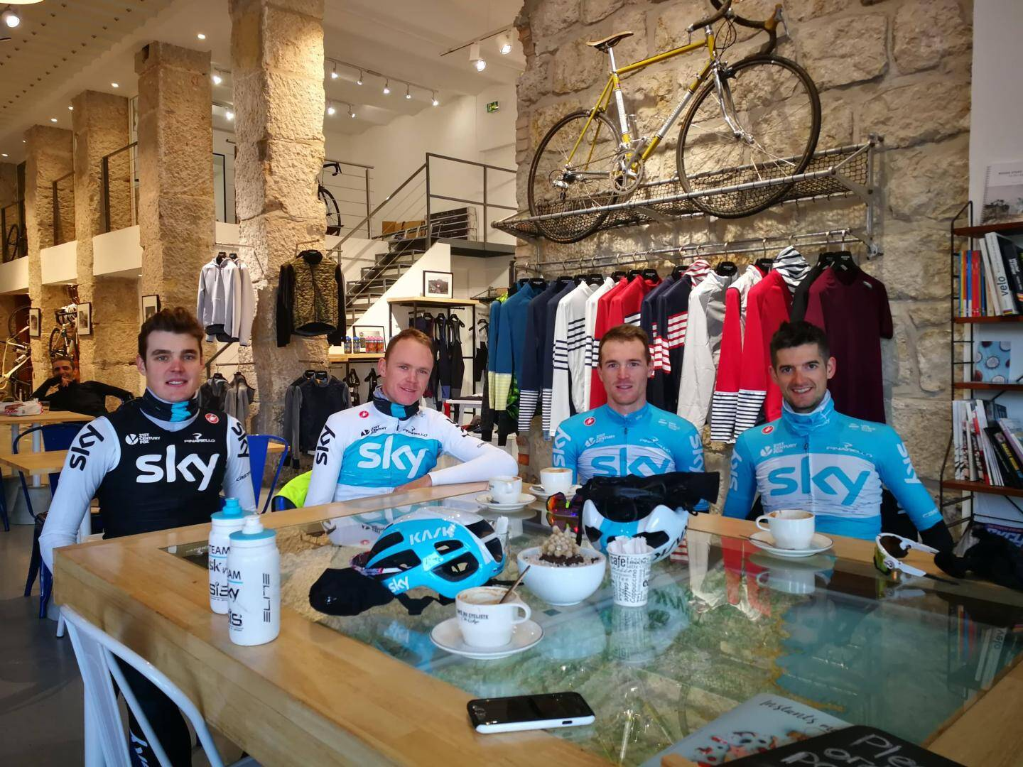 Chris Froome, Salvatore Puccio et Wout Poels.