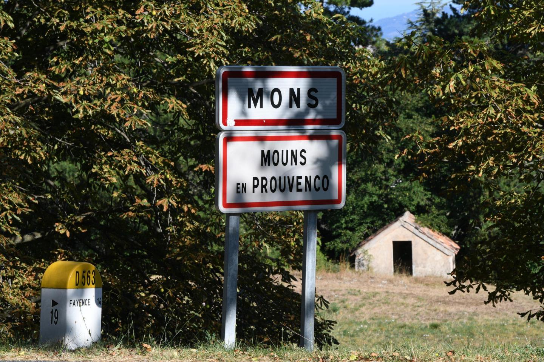 Le village de Mons