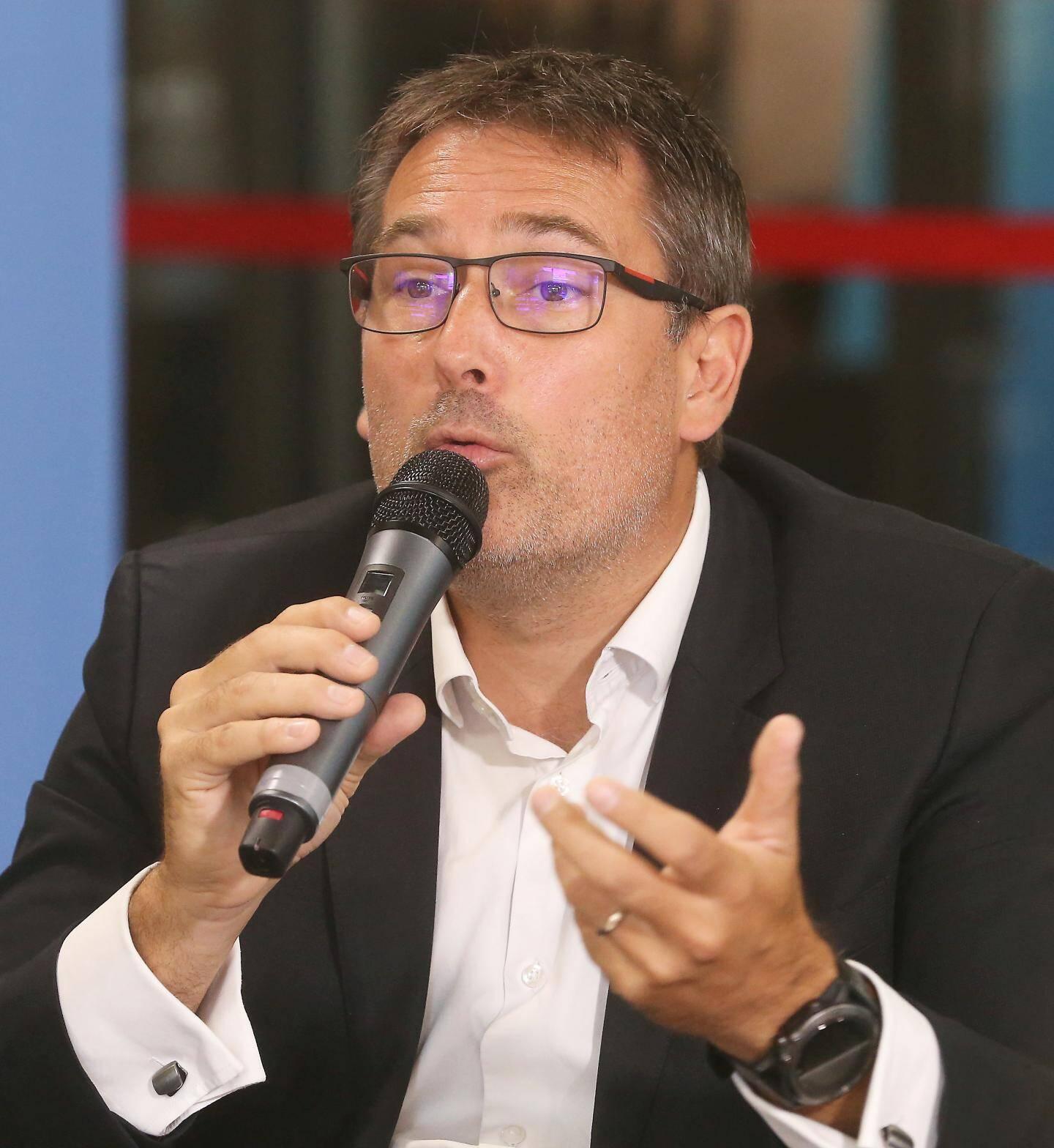 Yannick Bernard, maire de Carros