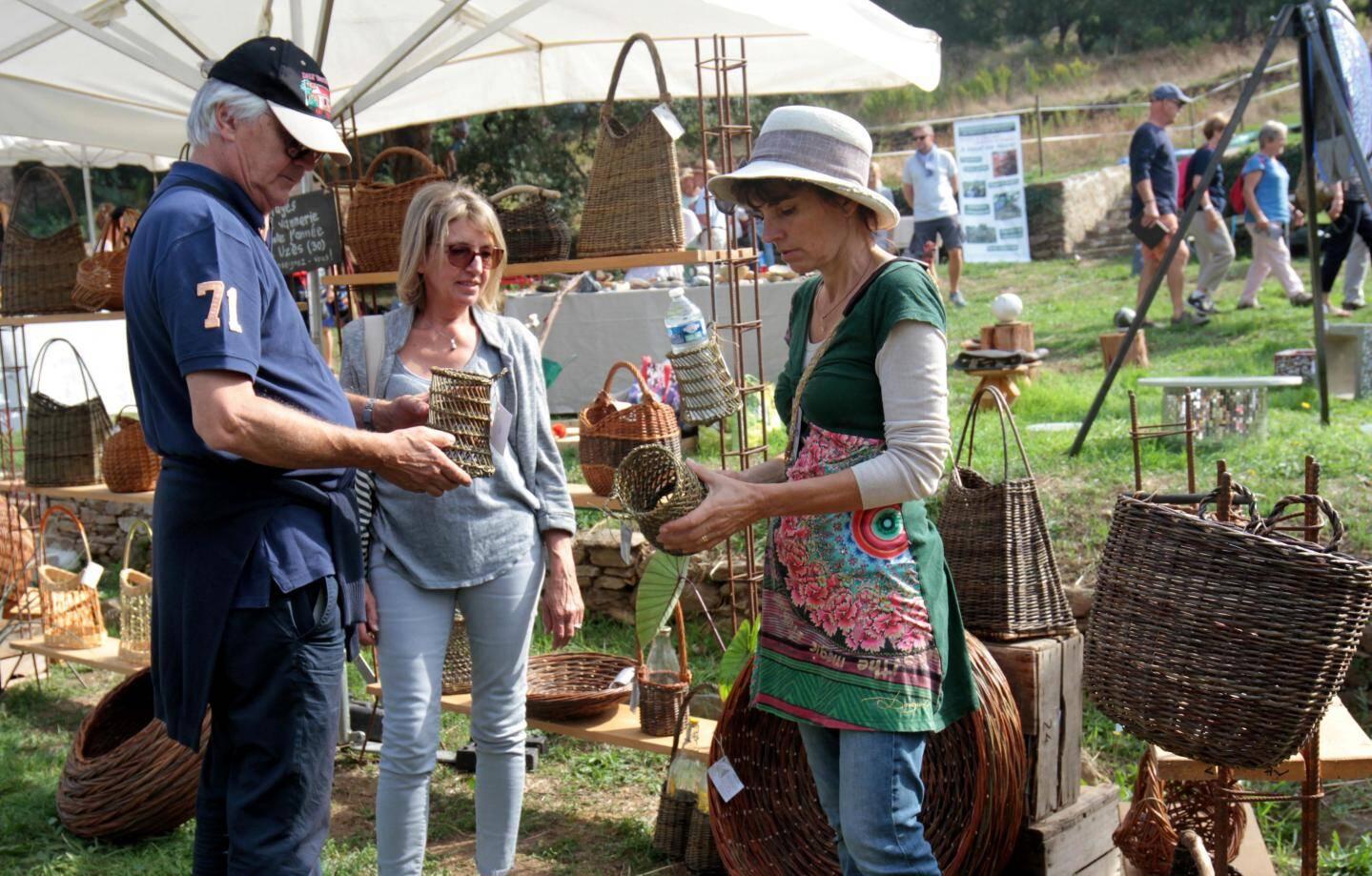 Gondwana est l'occasion de faire son marché autour du jardin.