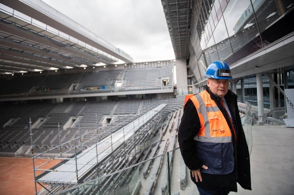 Le président de la Fédération de tennis FF) Bernard Giudicelli pose dans le nouveau stade de Roland-Garross, le 5 février 2020
