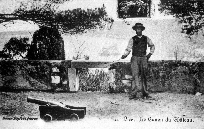 L'origine du coup de canon de midi, à Nice, remonte en 1861.
