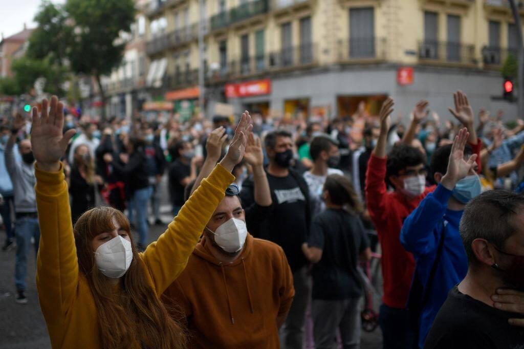 Manifestation à Madrid contre l'entrée en vigueur de nouvelles restrictions des déplacements, le 20 septembre 2020