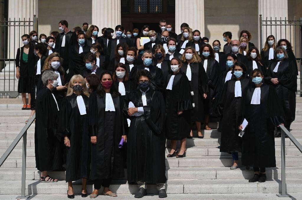 Des magistrats de Marseille protestent contre le ministre de la Justice, Eric Dupond-Moretti, qu'ils accusent de vouloir affaiblir l'autorité judiciaire, le 24 septembre 2020