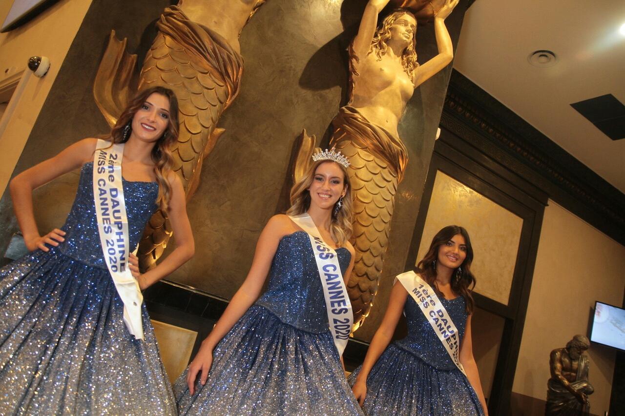 Étudiante en BTS management commercial opérationnel, Clara Chantereau est devenue Miss Cannes 2020,hier soir au Casino Barrière, devançant, à l'issue du vote du jury et du public, Sandy Ieni et Apolline Derégnaucourt.