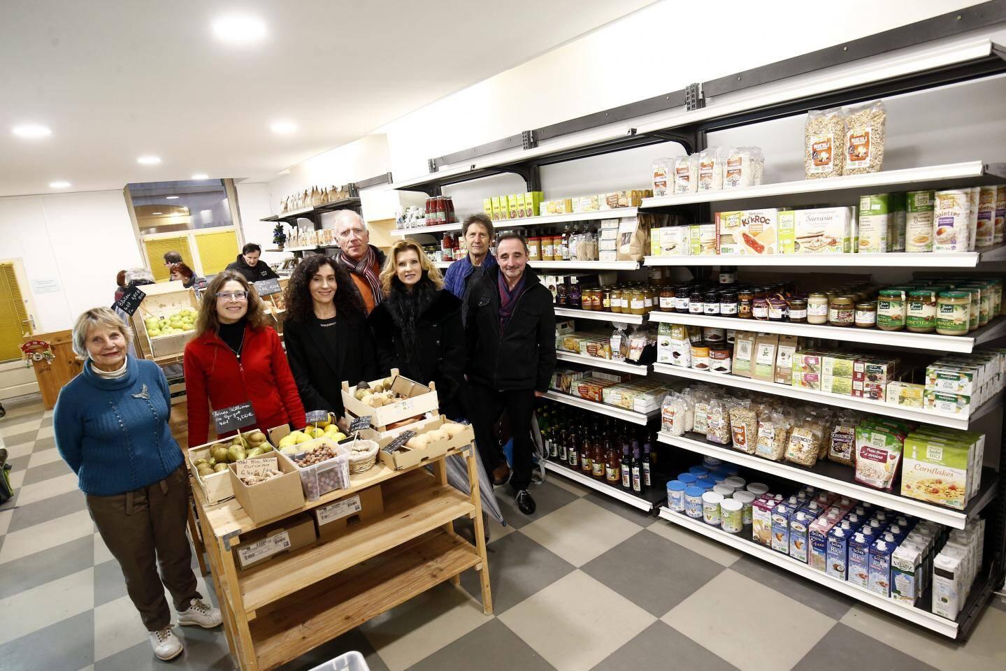 Fin 2018, la Coop-sur-Mer s'installait dans un local de 40 m². Une épicerie-labo, toujours en centre-ville, où les adhérents et futurs coopérateurs ont pu appréhender la logistique, la mise en rayon, la caisse...