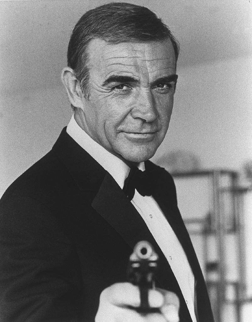 "Sean Connery lors du tournage du James Bond ""Never say, Never again"" (""Jamais plus jamais"") en 1982 à Nice"