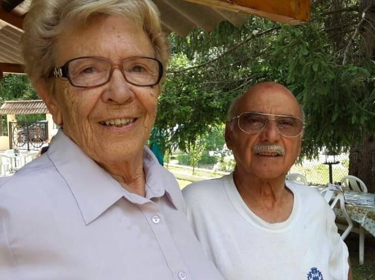 Josette et Léopold Borello,  à Roquebillière, dans leur petite villa qu'ils aimaient tant.(DR)