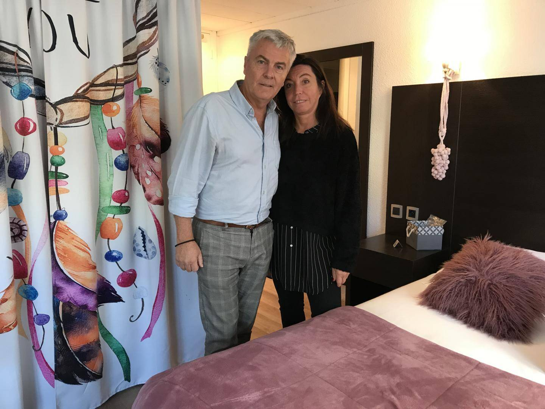 Pascal et Valérie Boulanger, hôteliers depuis deux ans, inquiets mais combatifs.