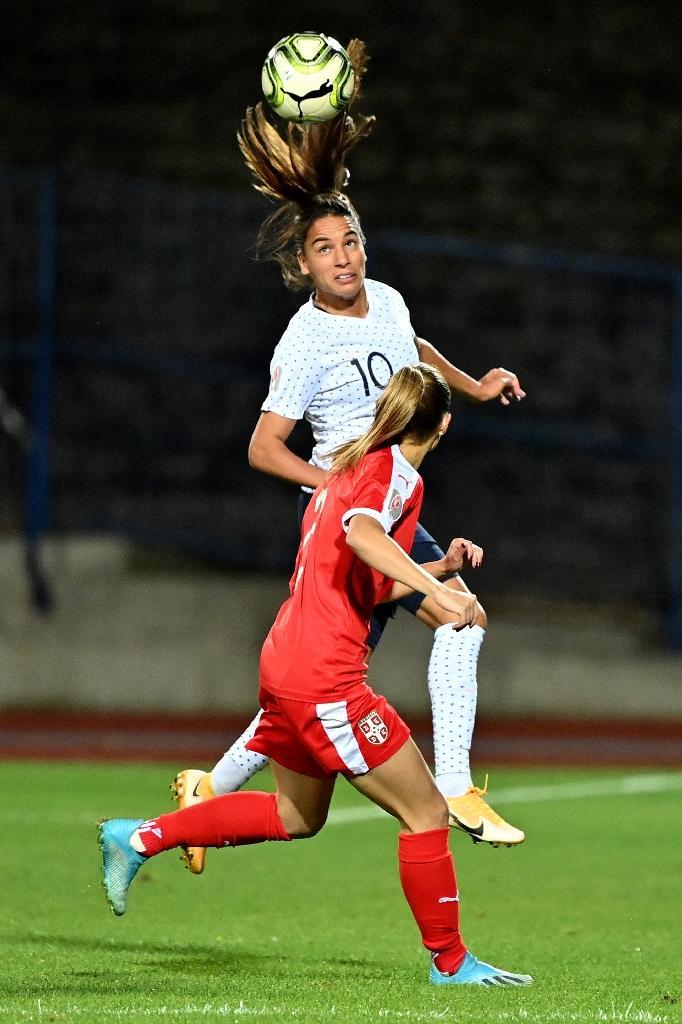 La milieu de terrain de l'équipe de France Amel Majri, lors du match des Bleues contre la Serbie le 18 septembre 2020 à Subotica