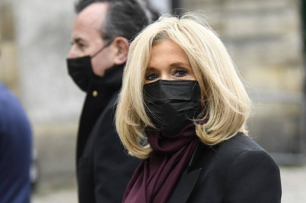Brigitte Macron arrive aux funérailles de Juliette Gréco, le 5 octobre 2020 à Paris